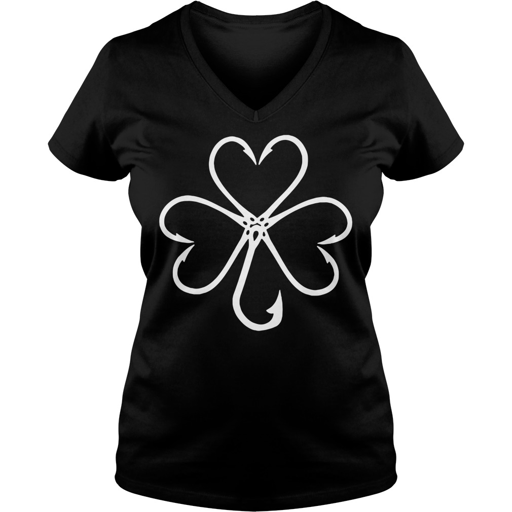 Clover make from fishing hooks V-neck T-shirt