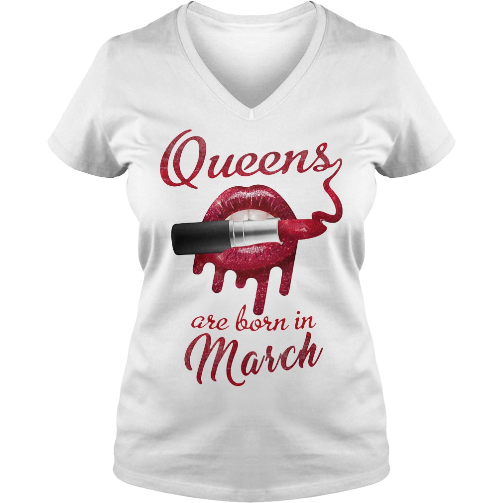 Queens are born in March V-neck t-shirt